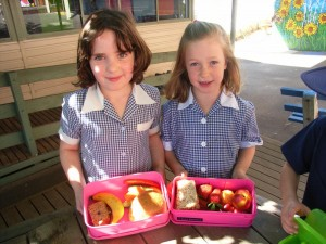 Deepdene Primary students packed nutritious lunches for Nude food Day! (1)